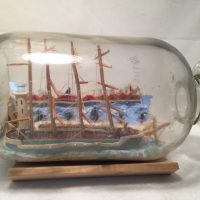antique ship ina bottle