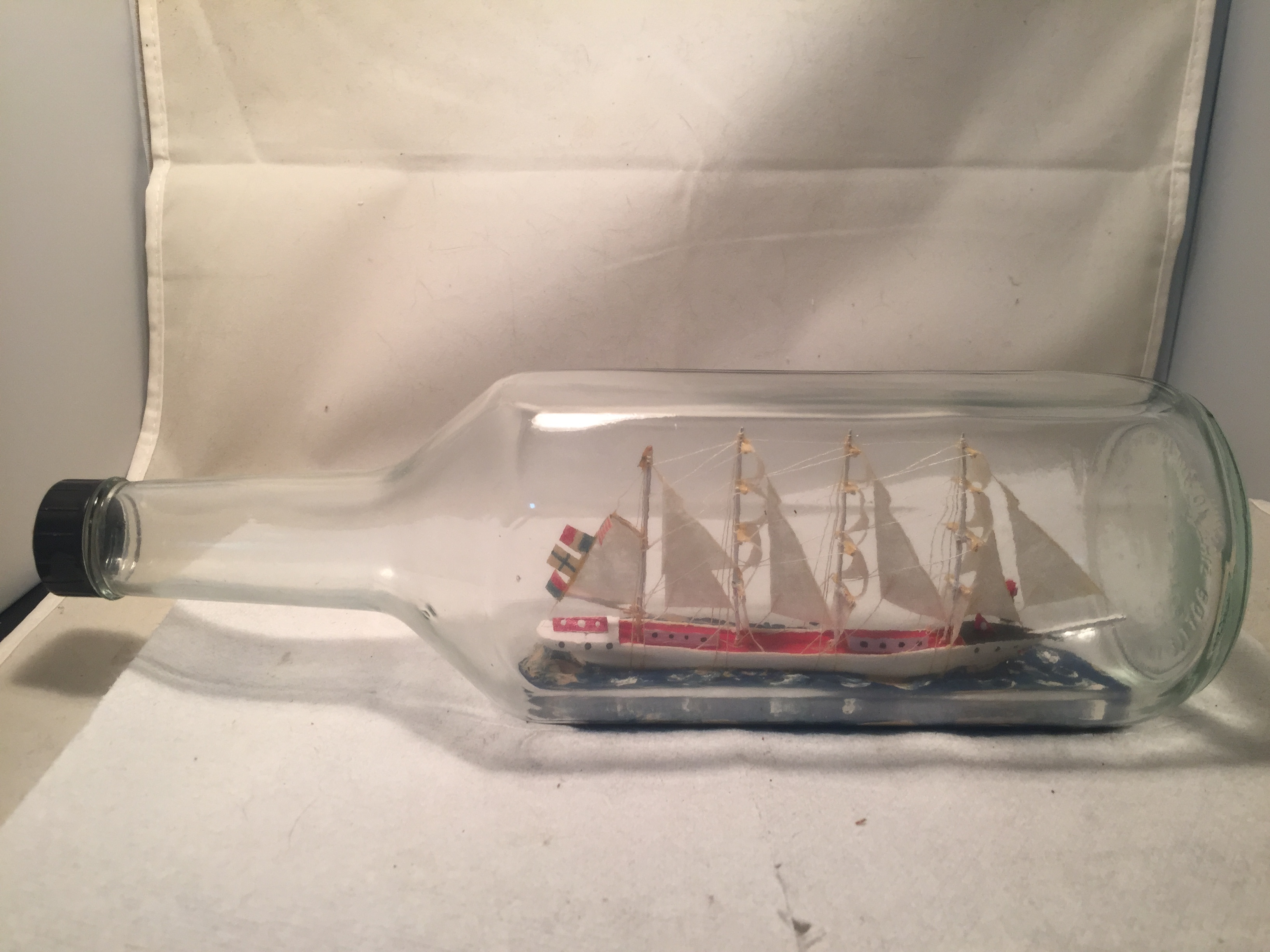 French Fully rigged ship in a bottle